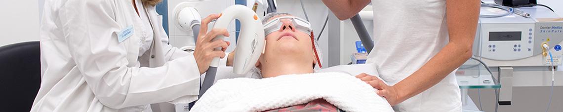 Laserbehandlung Hautarztpraxis Dr. Kautz in Konz