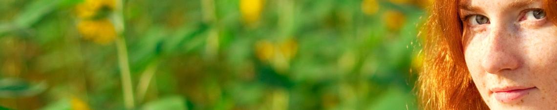 Umweltmedizin: Frau mit Sommersprossen